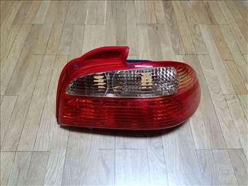 Stop svetlo Toyota Avensis 2000-2003
