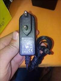 Leader Electronics 12V 1A