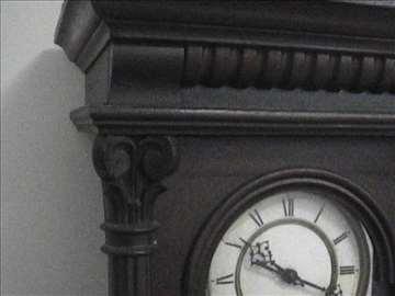 Stari sat s početka XX veka