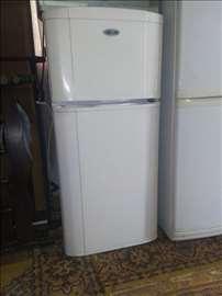 Prodajem konbinovani frižider Lux