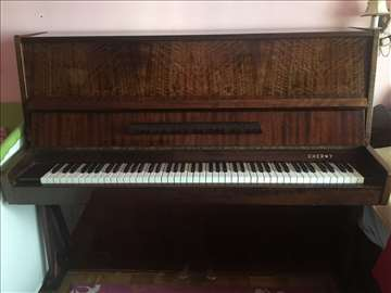 Prodajem pianino marke Cherny, povoljno