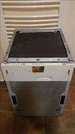 Ariston Hotpoint ugradna mašina pranje sudova