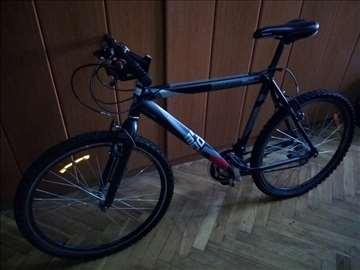 Prodajem očuvan MTB bicikl