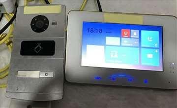 IP Interfonski komplet Hikvision DS-KV8102-IM i DS