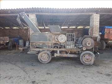 Samohodni krunjač za kukuruz Aran