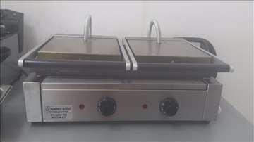 Dvodelni toster