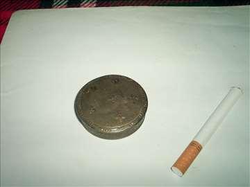 srebrna pudrijera ili burmutica