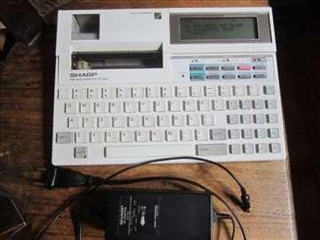 Sharp PC-2500 + strujni adapter