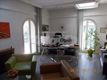 Izdaje se poslovno kancelarijski prostor