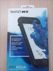 Tech21 vodootporna maska za iPhone 7
