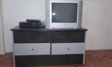 TV komoda ili komoda za garderobu