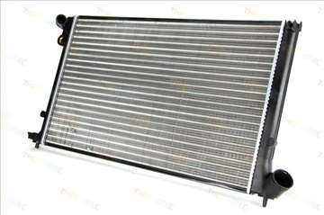 Pezo 406 2.0B 16V Hladnjak Vode Motora, NOVO