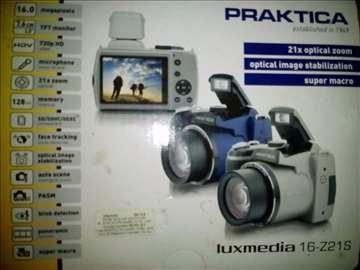 Prodajem digitalni fotoaparat