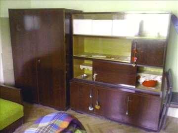 Kauč, šifonjer, vitrine,TV vitrina, natkasna
