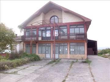 Stambeno-Poslovni prostor Loznica