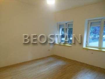 Novi Beograd - Retenzija Dzona Kenedija ID#23224