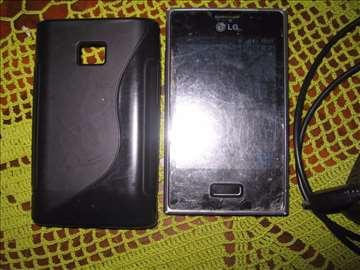 LG-E400 sa adapterom
