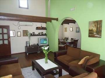 Prolom Banja, kuća za odmor