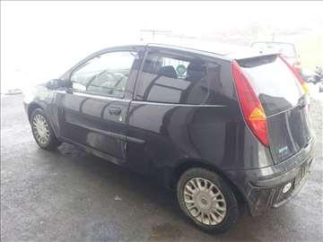 Fiat punto 1.2 16v polovni delovi