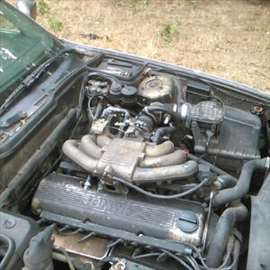 BMW 520 i kompletan za delove sa ugrađenim plinom