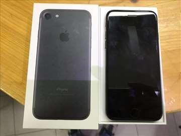 iPhone 7 32GB (SIM FREE)