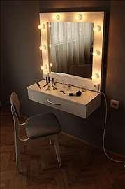 Ogledalo za šminkanje i za frizere