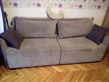 Kauč na prodaju, Forma Ideale