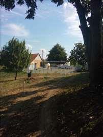 na prodaju seosko imanje