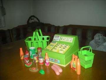 Puno igračaka na jednom mestu!