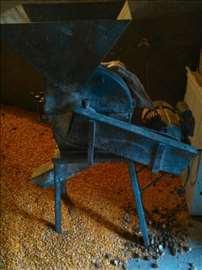Prekupač za kukuruz