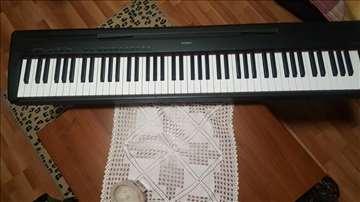 Yamaha električni klavir, odlično stanje, kao nov