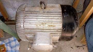 Motor 12KW, 2900 obrtaja