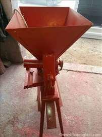 Povoljno, prekrupač, mlin za žito i kukuruz