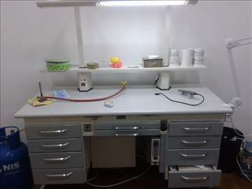 Zubotehnički sto