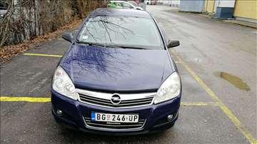 Opel Astra ESSENTIA Z 17DTH