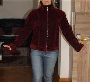 Predivna topla zenska jakna