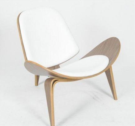 Shell Chair - Hans J. Wegner insp.