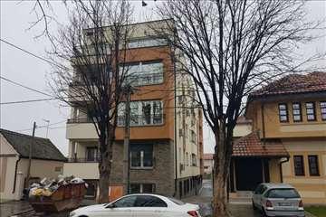 Zemun - Gornji Grad - 48000 + PDV ID#976