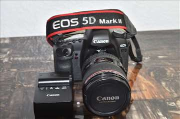 Canon EOS 5d Mark III with Battery
