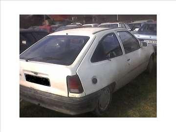 Opel kadet,suza,korsa,astra,vektra a delovi