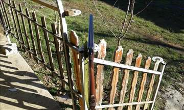 Lovačka puška orozara očuvana