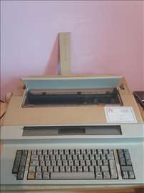 Električna pisaća mašina Olympia