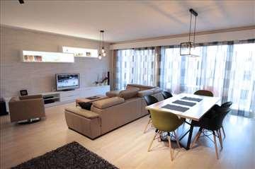 Lux, moderan 4.0 stan, garaža! WEST!