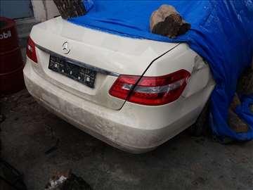 Mercedes E 200, 220, 250, 350 CDI W212