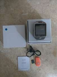 Android Smart sat i telefon + 8GB SD kartica