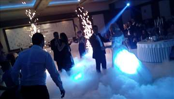 Efekti na venčanjima, suvi led, prskalice, vatrome