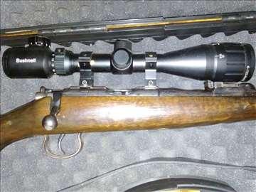 Malokalibarska puška BRNO sa optikom