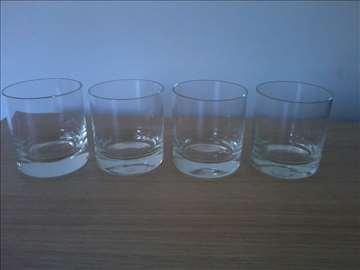 4 čaše komplet