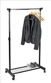 Metalni držač za odeću sa policom