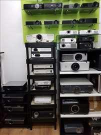 Povoljno prodajem projektore veliki izbor